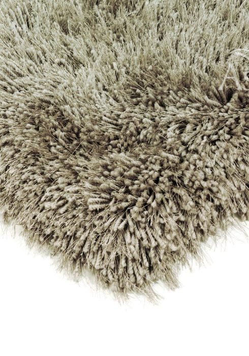 Cascade Rug by Asiatic Carpets in Taupe Colour has a relaxed style, the soft microfibre, and the shiny fine yarns