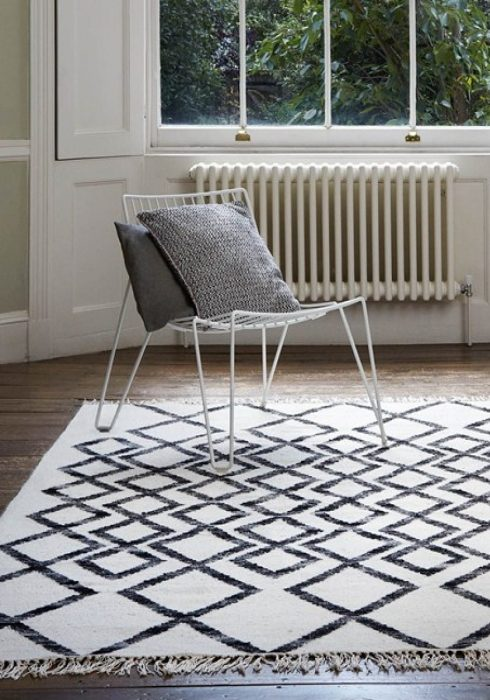 hackney-kelim-diamond-mono-rug
