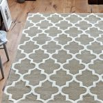 Arabesque Beige Rug Roomshot