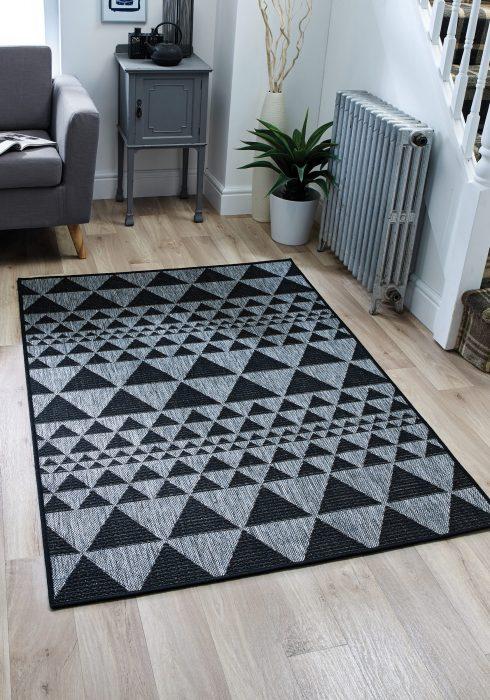 Moda Prism Black Rug Roomset