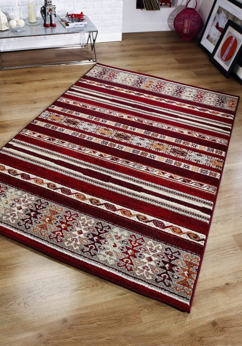 Zante Rug by Oriental Weavers in 5501R Design features a tribal and sophisticated modern design taken from current trends