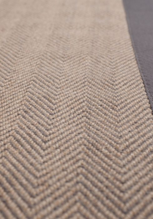 HERRINGBONE GREY NATURAL RUG CLOSEUP