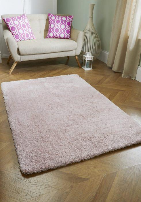 Softness Pink Rug Roomshot