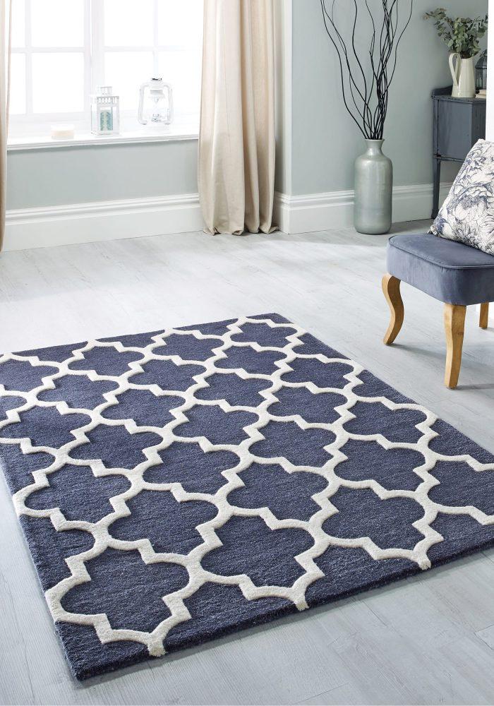 Arabesque slate rug roomshot