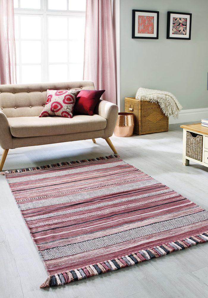 Kelim Stripe Pink Rug roomshot