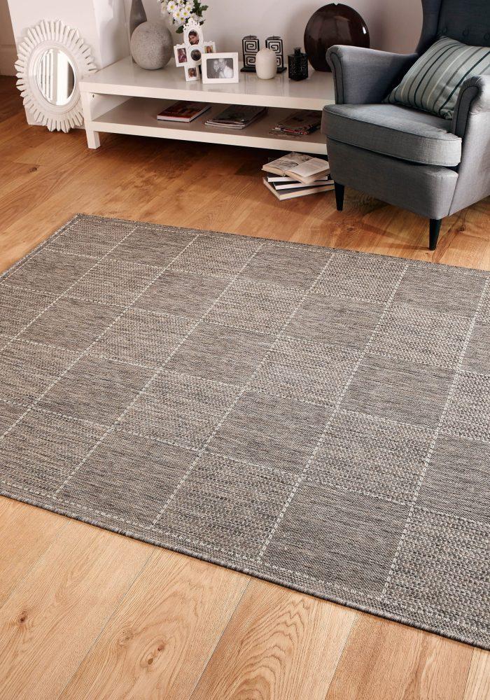 Checked Flatweave Grey Roomshot Rug