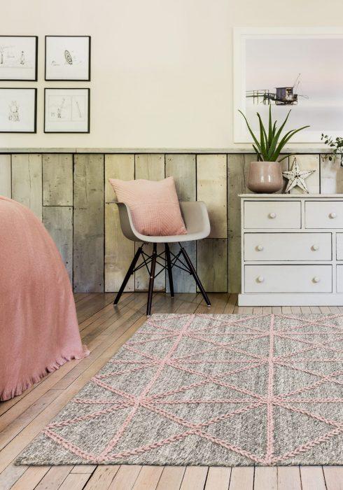 Prism Pink Rug Roomset