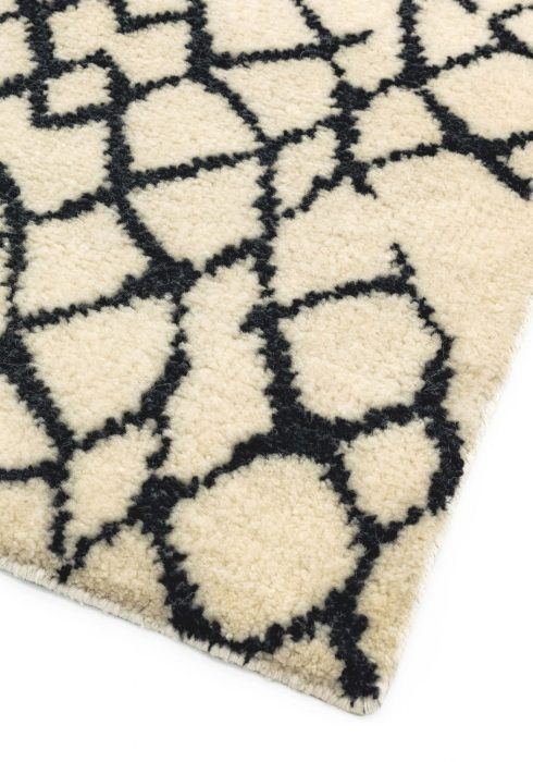 Amira AM007 Rug - Closeup