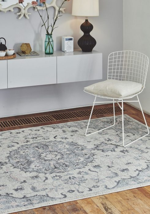 Colt CL05 Rug - Roomset shot