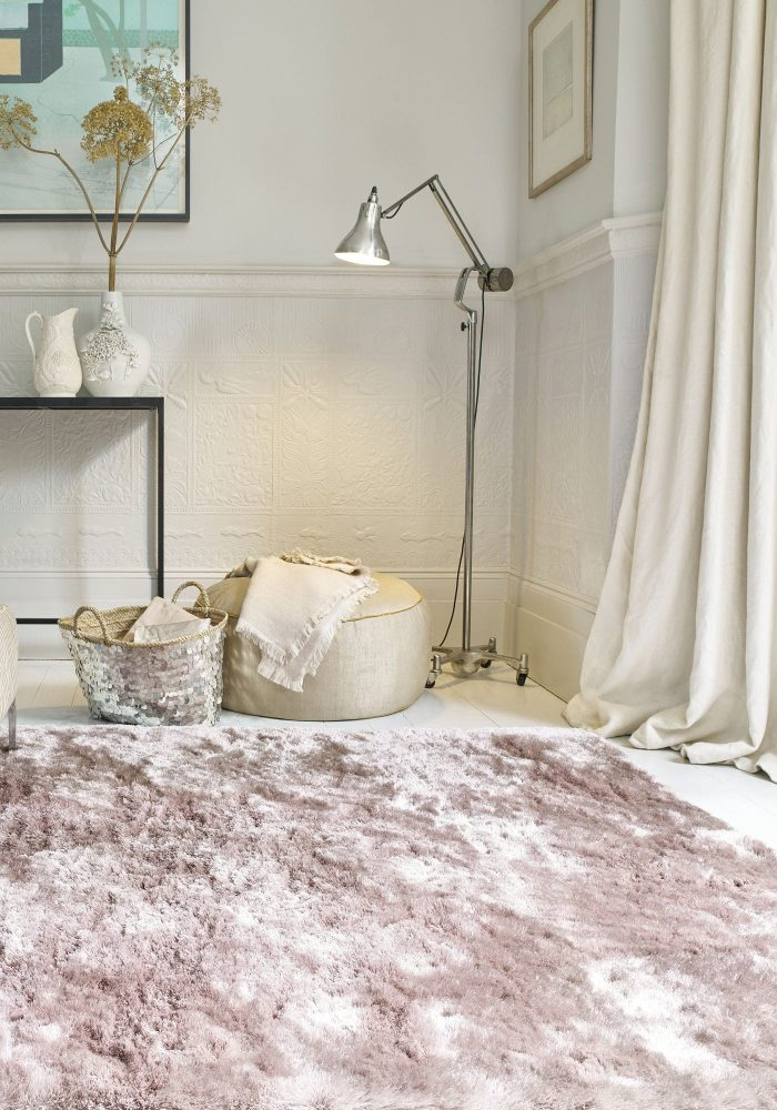 Whisper Pink Rug Roomset